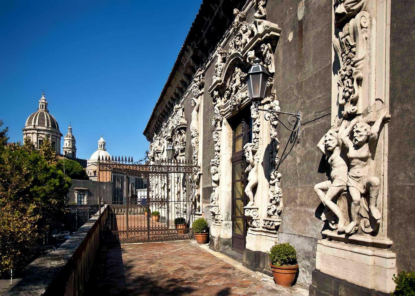 Palazzo-Biscari-Catania-facciata-sud