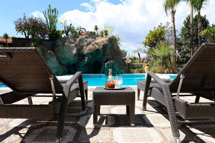 pool-villa-taormina.jpg