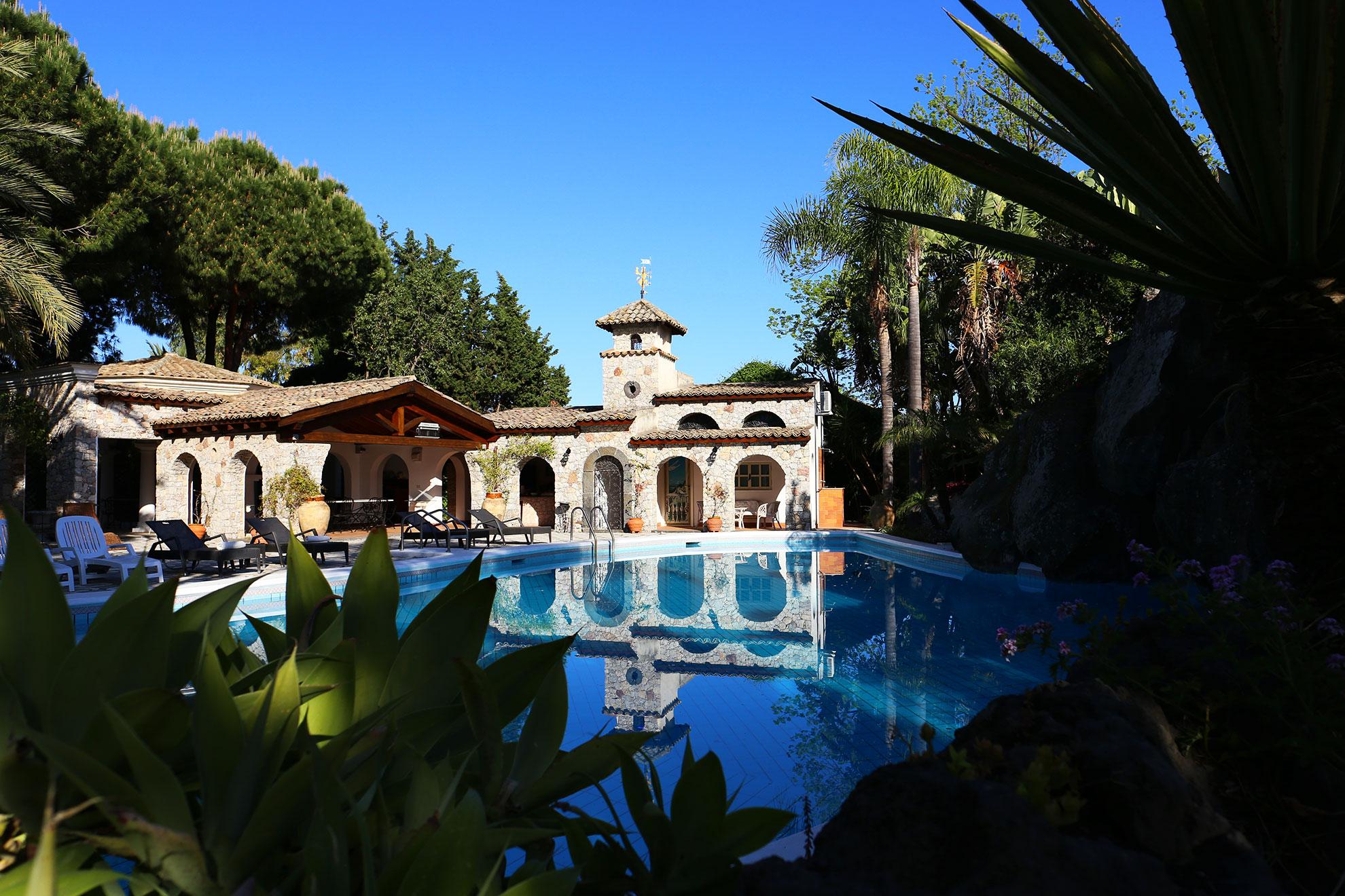 La villa giardini naxos u bed and breakfast giardini naxos